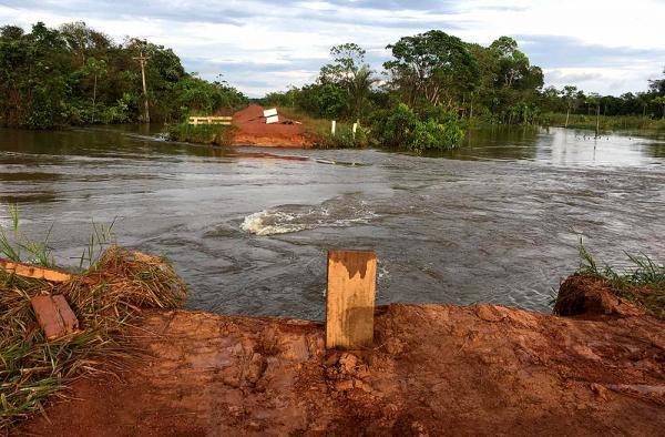 Josué Neto solicita recuperação de ponte na BR-230 que liga Apuí a Humaitá