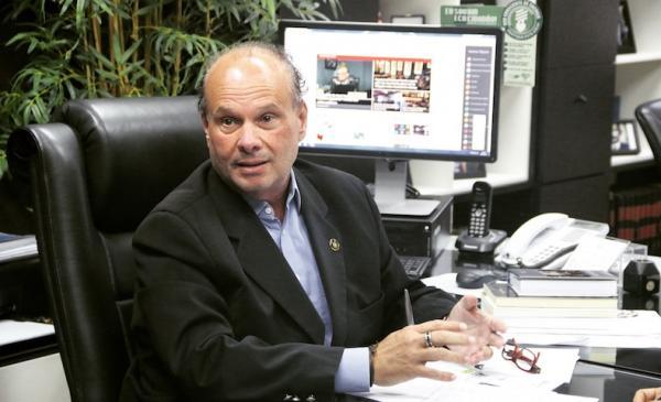"""""""É imoral e absurdo grande"""", diz vice-presidente do TCE Mario Melo sobre aumento do salário na Câmara de Parintins"""