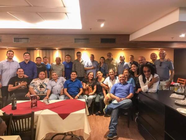 Jender reúne ex-presidentes, compositores, itens e sócios em Manaus