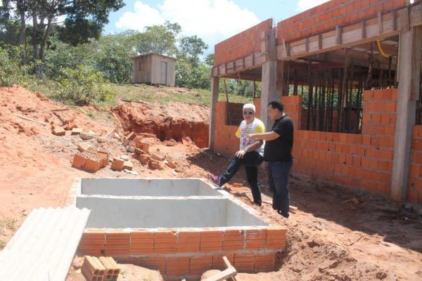 Tony Medeiros, prefeito em exercício, faz visita técnica na área rural de Parintins