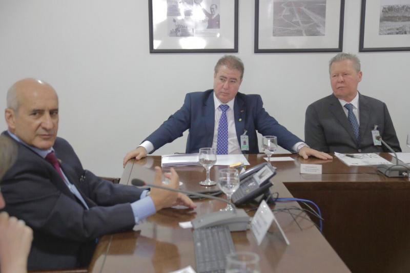 Prefeito Arthur pede a Ministro  envio de recursos da Lava Jato para municípios