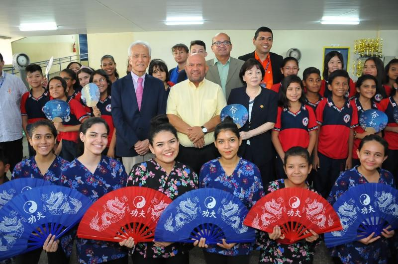Seduc-AM reforça compromisso com ensino bilíngue no Amazonas