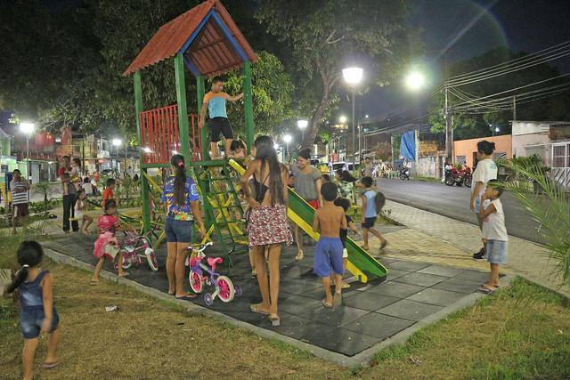 Praça é nova opção de lazer para moradores do bairro São José