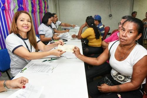 Governo do Amazonas paga indenizações de moradores do Bariri e Walter Rayol, que integram o Prosamim da Bacia do São Raimundo
