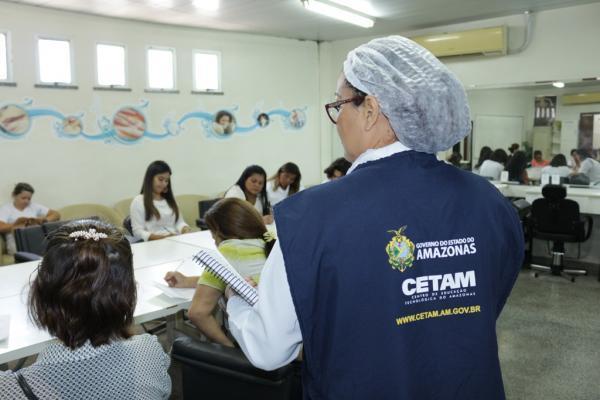 Governo oferta 13,5 mil vagas para cursos de qualificação profissional em Manaus