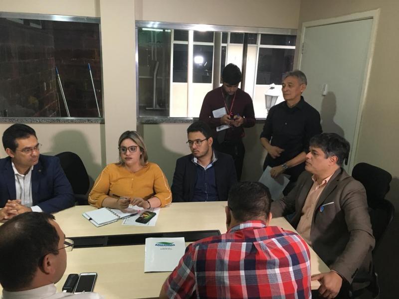 Governo do Estado deve absorver mão de obra terceirizada, afirma secretário de Saúde, Rodrigo Tobias
