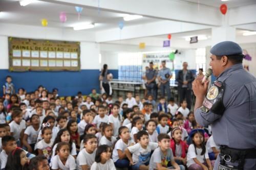 Polícia Militar do Amazonas atente mais de 50 mil pessoas com projetos sociais