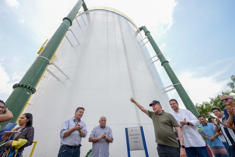 Prefeito Arthur entrega quarto novo reservatório de água da cidade neste ano