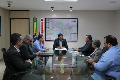 Wilson Lima se reúne com secretário nacional de Defesa Agropecuária e Amazonas pode se tornar livre de febre aftosa sem vacinaçã