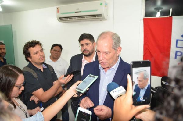 Polarização entre Bolsonaristas e Lulistas precisa ser quebrada para o bem da democracia, avalia Ciro Gomes em Manaus