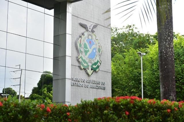 Governo do Amazonas libera R$ 8,4 milhões para pagar técnicos de enfermagem e enfermeiros terceirizados