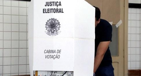 Eleitores de oito municípios voltam às urnas neste domingo (1°)