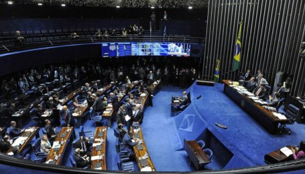 Senado discute mudança na transferência de recursos a municípios