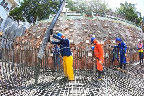 Prosamim avança com obras da Estação de Tratamento do Esgoto no bairro de Educandos