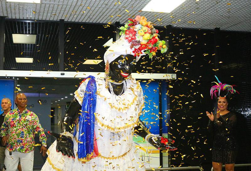 Chegada da Kamélia abre oficialmente o Carnaval de Manaus 2020