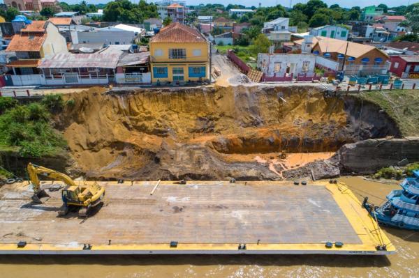 Com recursos próprios, Prefeitura de Parintins inicia reconstrução do muro de arrimo do Comunas