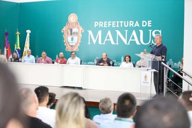 Prefeito Arthur Neto apresenta leis de incentivo a startups e instituições de pesquisas em Manaus