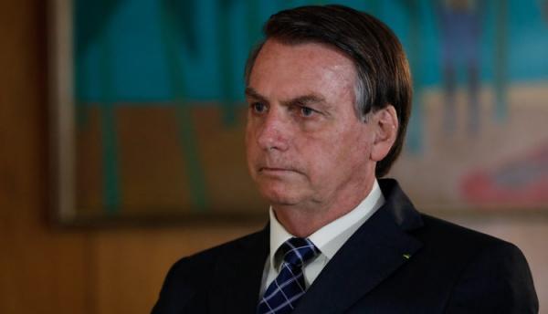"""""""Porcaria"""", diz Bolsonaro sobre Democracia em Vertigem"""