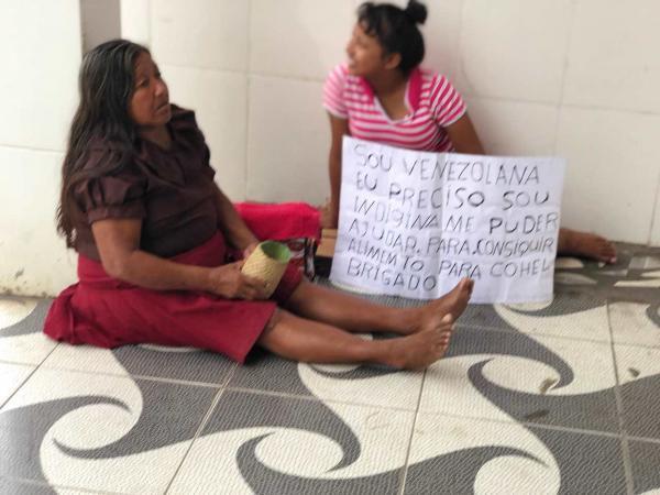 Venezuelanos tentam desesperadamente sobreviver em Parintins. Não podemos fechar os olhos