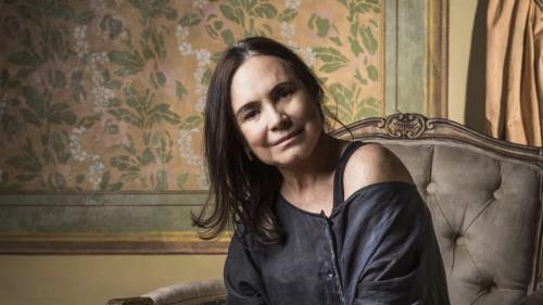 Regina Duarte ficará subordinada a Bolsonaro