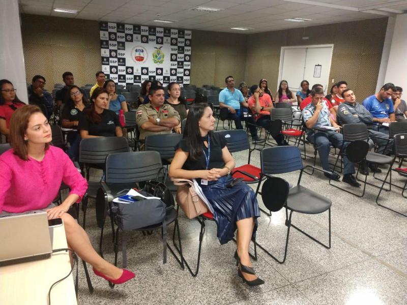 Governo do Amazonas realiza oficina 'Gênero e Violência Contra a Mulher'