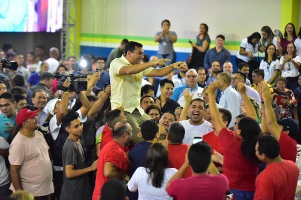 Wilson Lima anuncia convocação de 796 bombeiros médicos e concursados da PM, na abertura do 'Muda Manaus'
