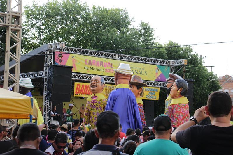 Oito bandas e blocos de Rua dão início ao Carnaval de Manaus 2020