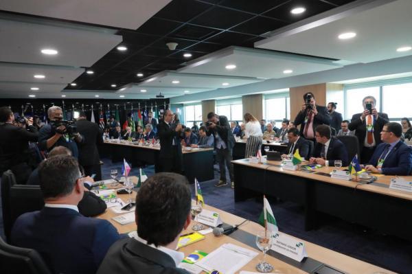 Sessão plenária da Aleam tem discursos sobre criminalidade, saída de Josué do PSD e ICMS dos combustíveis
