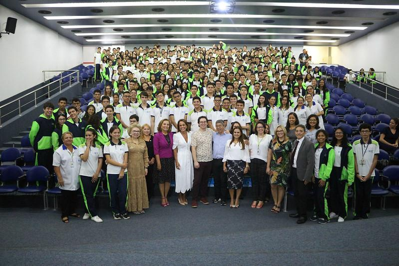 Presidente do Fundo Manaus Solidária visita Fundação Matias Machline