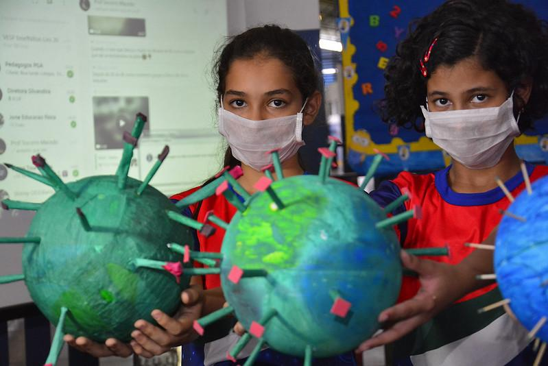 Unidades de ensino da Prefeitura de Manaus fazem ações de combate e prevenção ao coronavírus