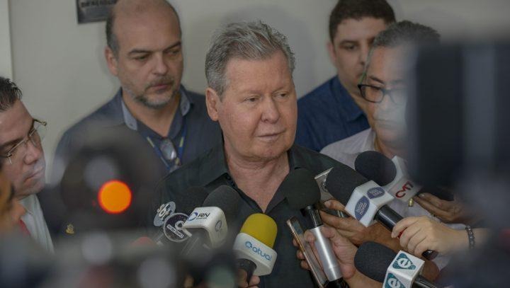 Prefeito Arthur Neto antecipa primeira parcela do 13º salário para aposentados e pensionistas municipais, medida é para ajudar combater coronavírus