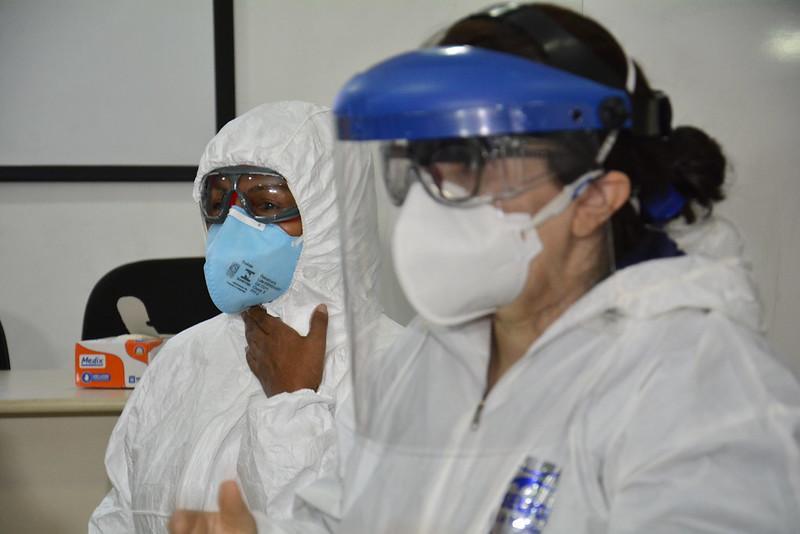 SAMU 192 treina profissionais para atender casos de Covid-19 em Manaus