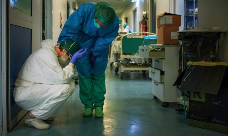 Itália registra recorde no número de mortes por Covid-19 pelo terceiro dia seguido