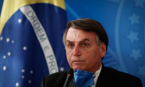 Bolsonaro defende isolamento vertical para combater coronavírus
