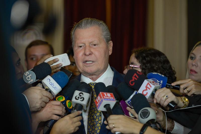 Manaus não terá atrasos de salários, garante Arthur ao anunciar corte de R$ 500 mi para enfrentar efeitos econômicos da Covid-19