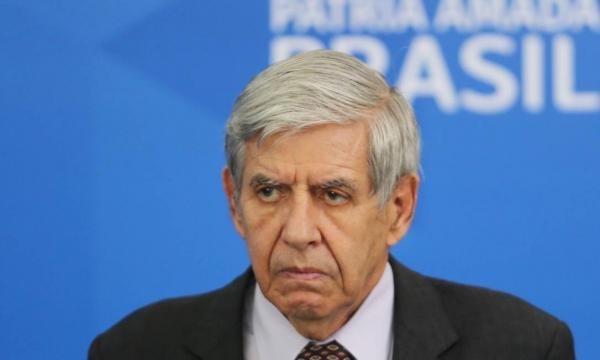 Para Augusto Heleno divulgação da íntegra de reunião ministerial é 'ato impatriótico'