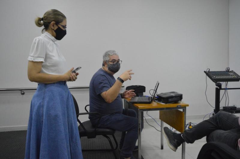 Susam apresenta a Médicos Sem Fronteira sistema de transferência de pacientes no Amazonas