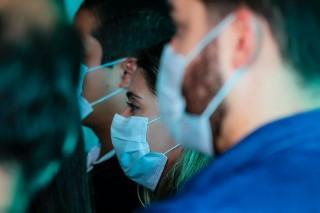 Prefeitura de Manaus alerta população para o descarte correto de máscaras de proteção