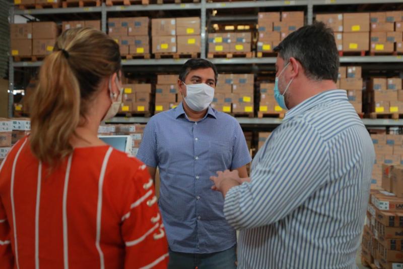Em visita à Central de Medicamentos, Wilson Lima reforça estratégias de assistência ao interior