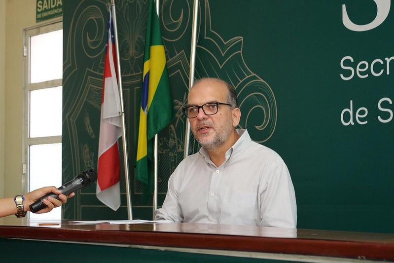 Secretário de Saúde de Manaus classificou de leviana Estado associar mortes por Covid-19 à atenção básica