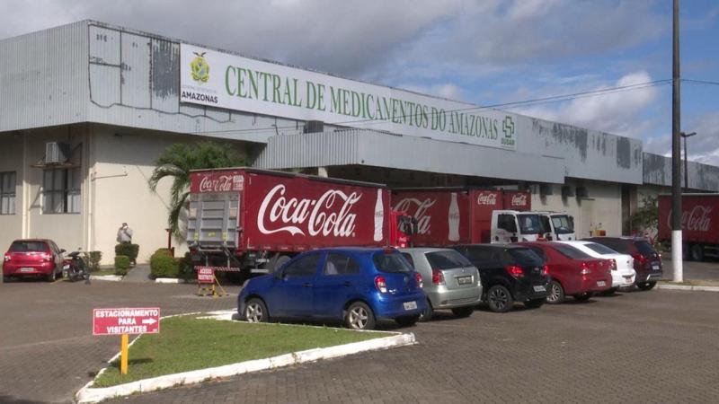 Hospitais em Manaus recebem doação de 96 mil garrafas de água mineral
