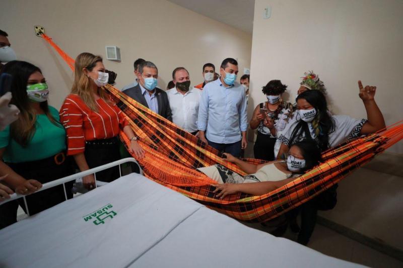 Wilson Lima e ministro Eduardo Pazuello inauguram primeira ala indígena para tratamento de Covid-19