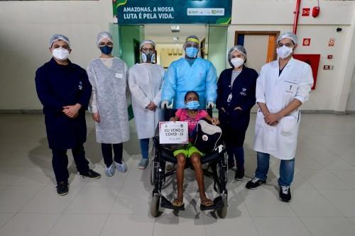 Primeira paciente da Ala Indígena do Hospital Nilton Lins recebe alta terça-feira dia 2 de junho