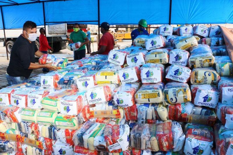 SEDUC -AM envia kits do 'Merenda em Casa' que serão distribuídos na região do Baixo Amazonas