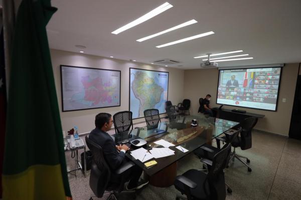 Wilson Lima participa de posse do procurador-geral do Ministério Público de Contas