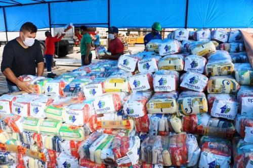 Atalaia do Norte e Beruri iniciam a distribuição de 4,6 mil kits do programa 'Merenda em Casa'