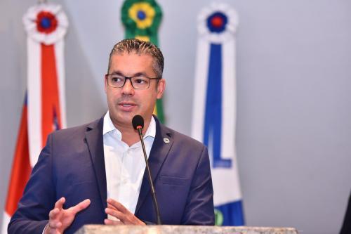 Emenda de Josué à LDO prevê concurso público para Polícia Civil do Amazonas em 2021