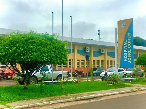 COVID-19: Justiça de Parintins acata pedido do MP e determina remoção urgente de pacientes graves para a capital