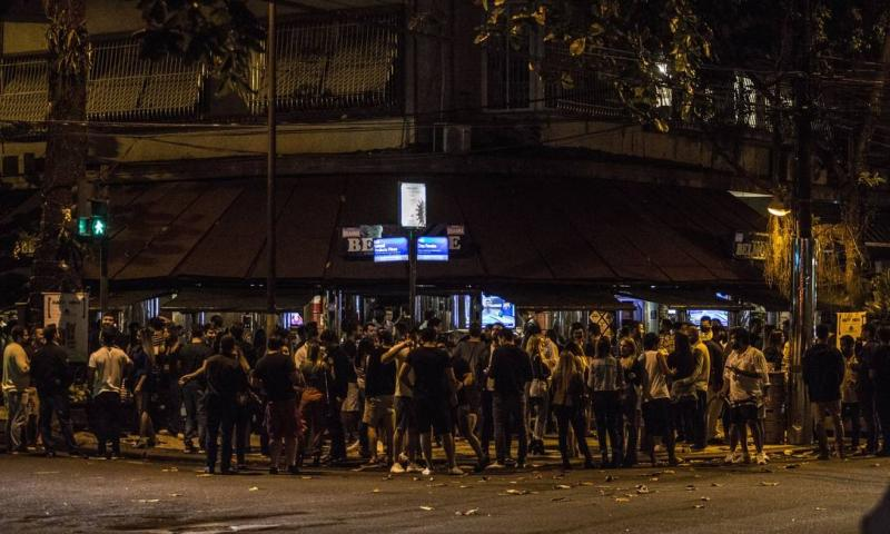 Brasil registra 64.375 mortes por Covid-19 e 876.359 pessoas estão recuperadas, informa consórcio de veículos da imprensa