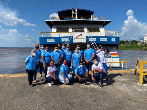Após 98 dias atendendo síndromes respiratórias, UBS fluvial retoma trabalhos na zona rural de Parintins